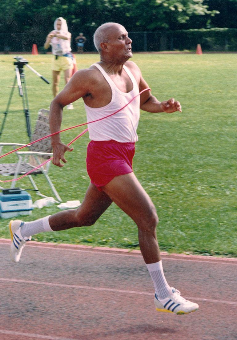 Sprinting-Sri-Chinmoy-Queens