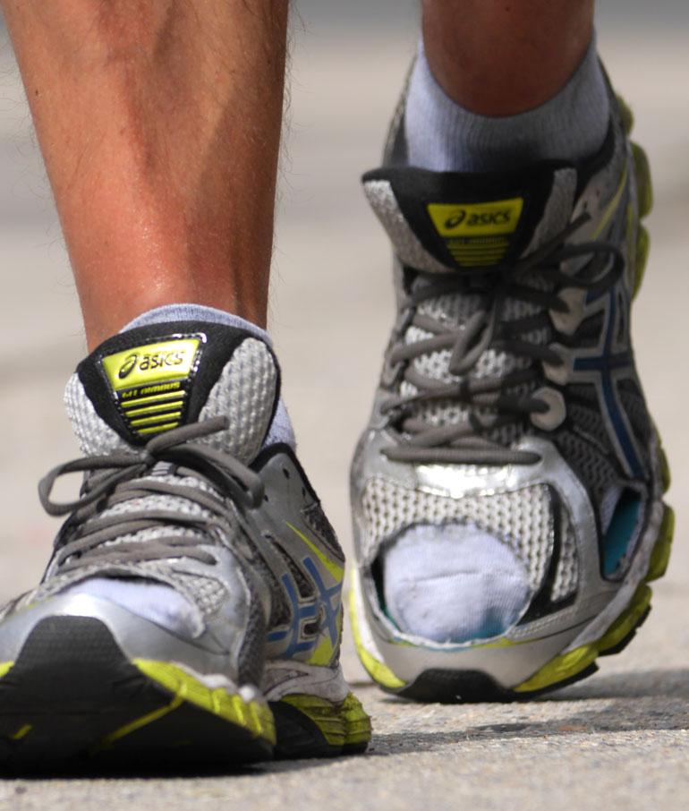 floer-feet