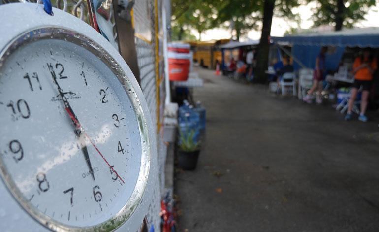 pre-clock