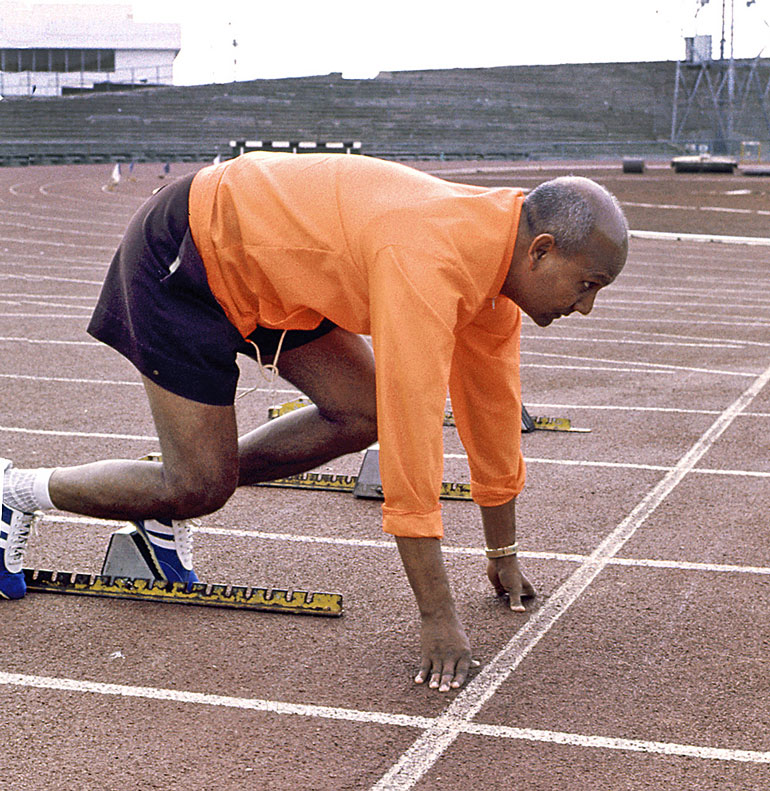 sri-chinmoy-at-starting-blocks-e28093-olympic-park-melbourne-march-1976