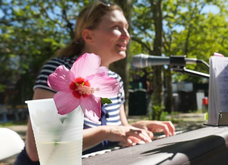 flower-larisa