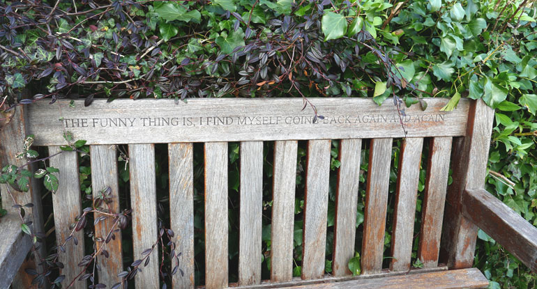 dylan-thomas-bench