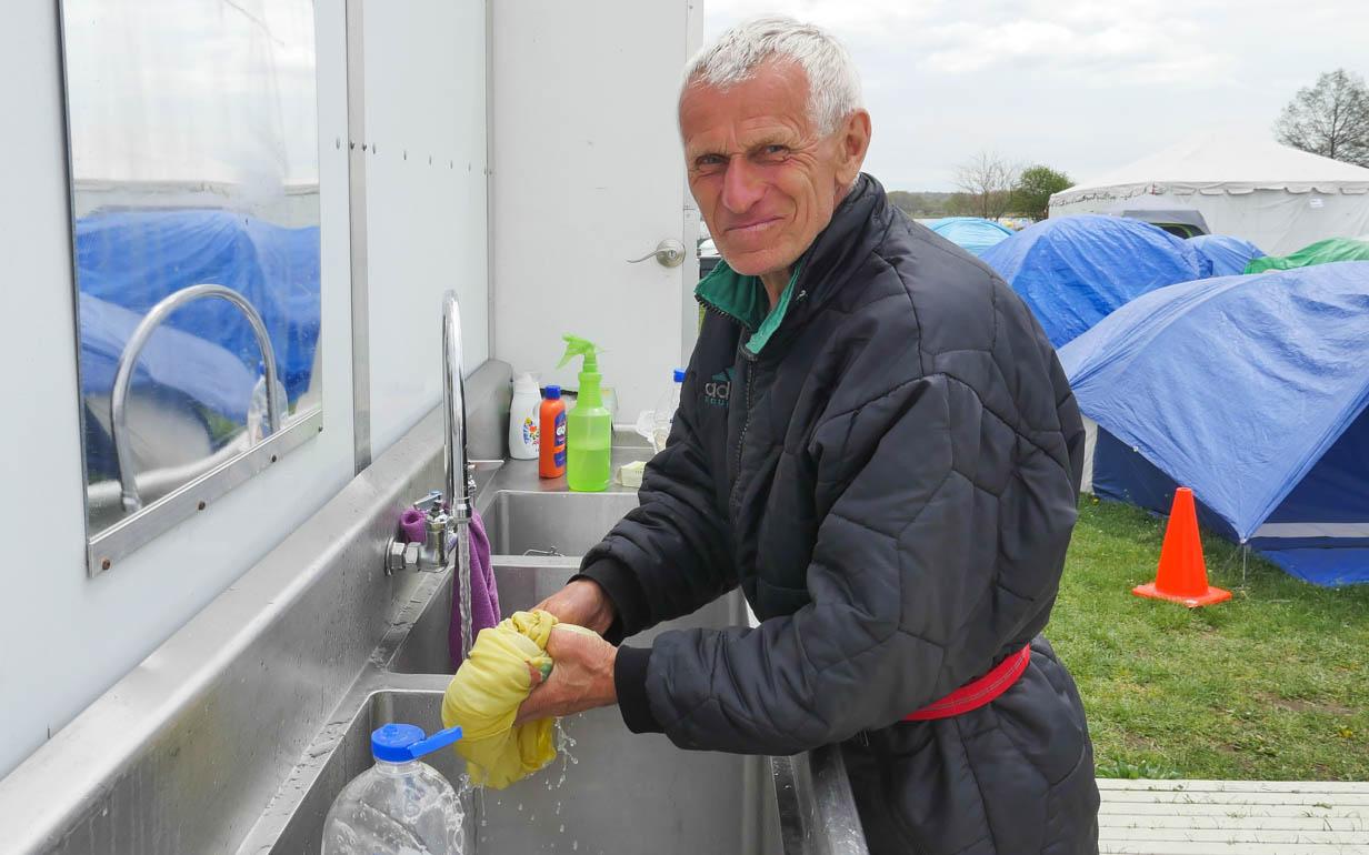 georgs washing-1220363