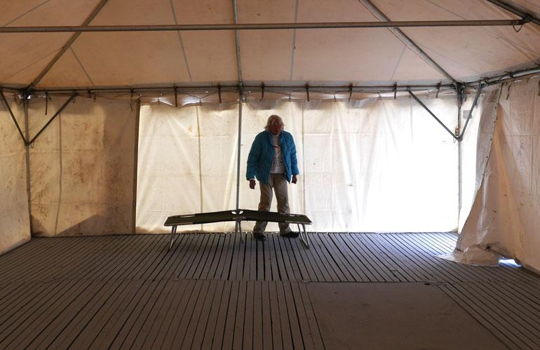 empty-tent-bigalita