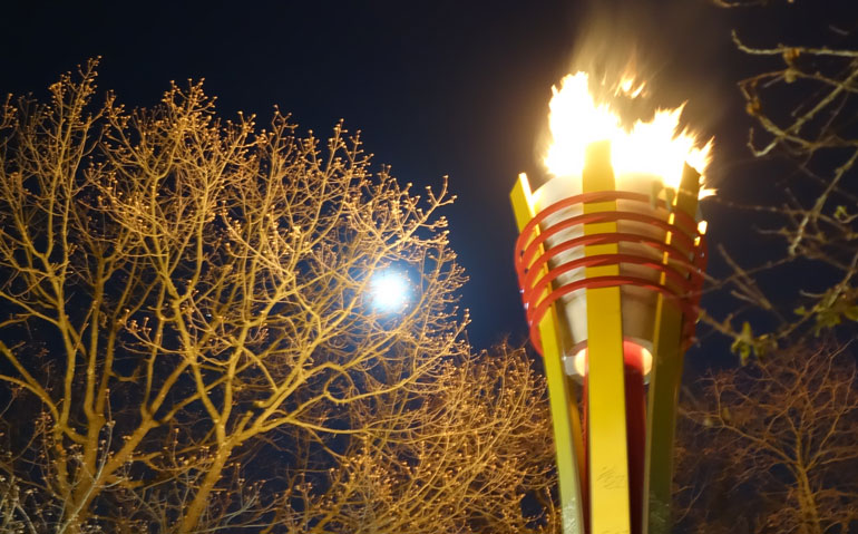 torch-night-2