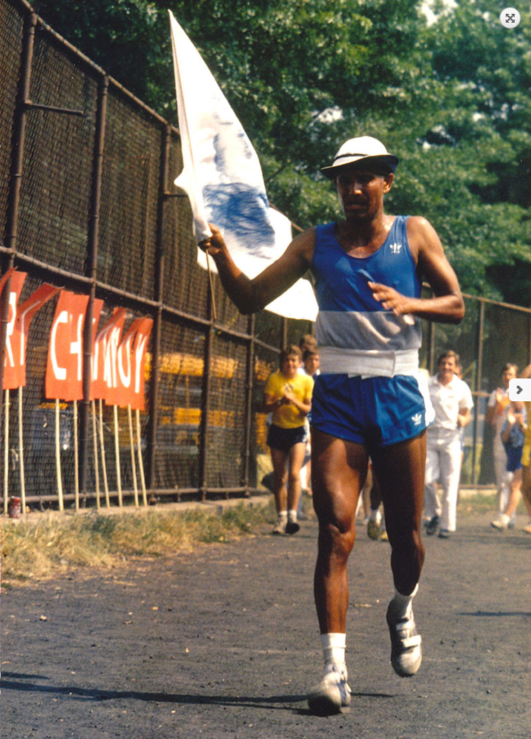 Sri-Chinmoy-47-mile-race-1980