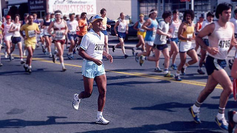 sri-chinmoy-newsday-marathon-blue