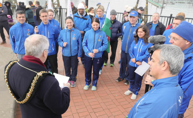 cardiff mayor and runners-1190950