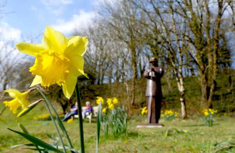 flower-statue2