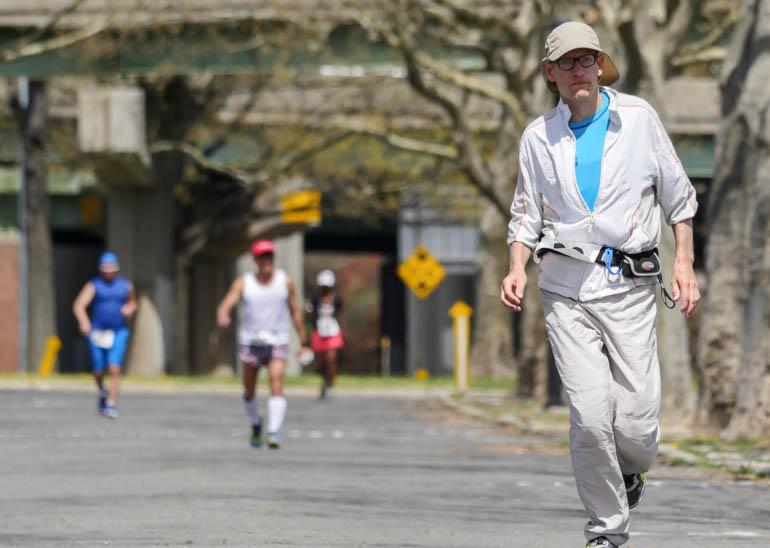 runner4-1210439