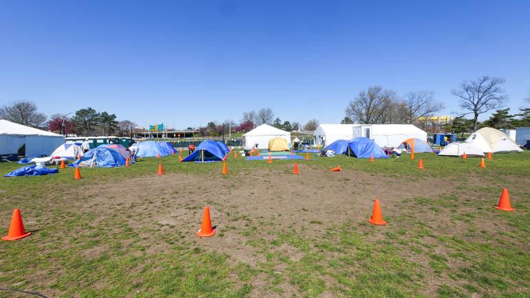 wide camp-1210139