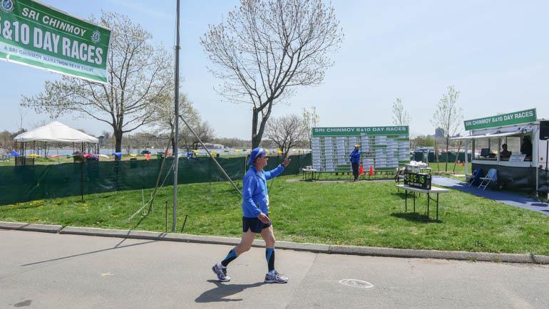 wide finish line-1210830